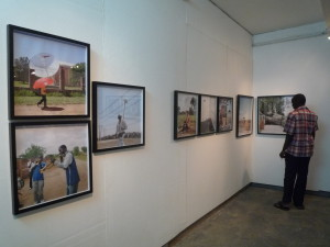 A view of the vibrant exhibition Peregrinate @ Medina Galérie